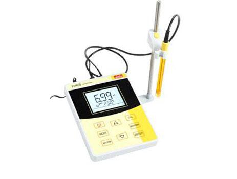 pH400基础型台式pH计